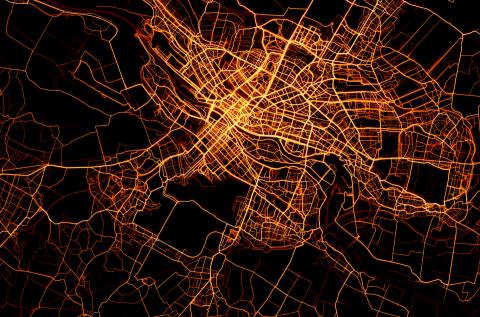 Eine Karte von Bremen zeigt die farblich hervorgehobenen Fahrstrecken von RadfahrerInnen