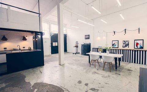 Man sieht den Küchenbereich der Werkstatt Kalle-Co.