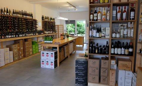 Lowin Weinhandel Innenansicht