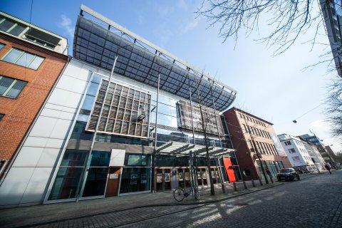Eine Außenaufnahme des Metropol Theaters Bremen.