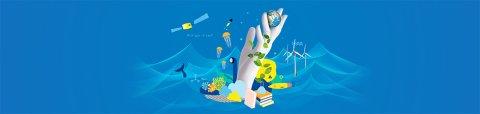 Motiv mit einer gezeichneten Hand und wissenschaftlichen Symbolen