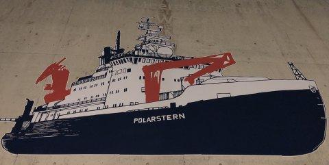Ein Wandbild eines Forschungsschiffes