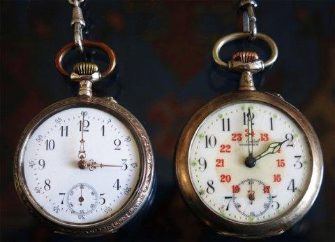 Zwei antike Taschenuhren