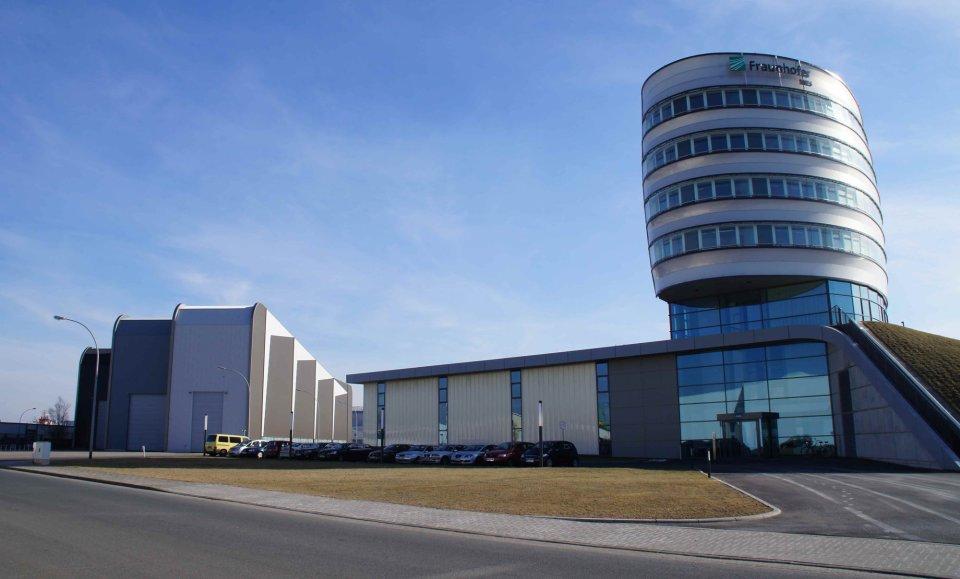 Das Fraunhofer Institut in Bremerhaven fällt äußerlich durch seine moderne Architektur auf.