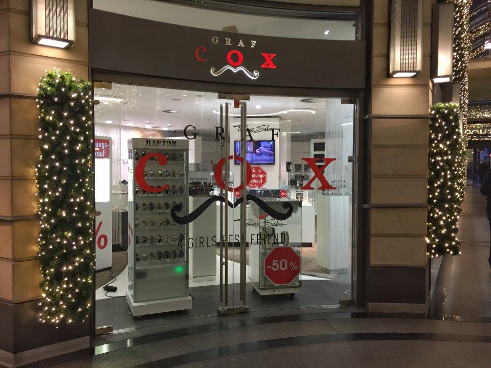 Ein Blick auf Das Geschäft Graf Cox in der Domshofpassage