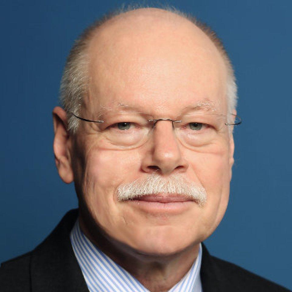 Der Senator für Inneres - Ulrich Mäurer