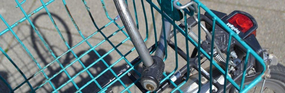 Fahrradkorb mit Schloss, Quelle: bremen.online GmbH - MDR