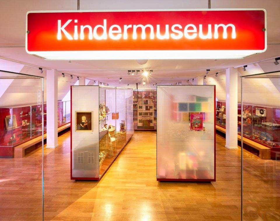 Das Kindermuseum befindet sich im Obergeschoss des Haus Riensberg. Hier erfahren Kinder viel über die Geschichte des Spielens.