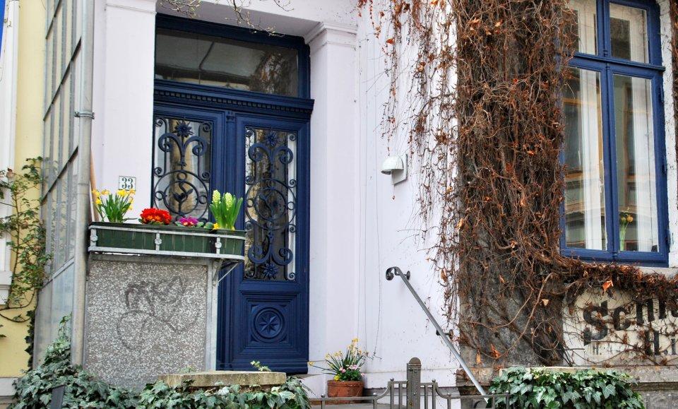 Tür eines Altbremer Hauses im Viertel.