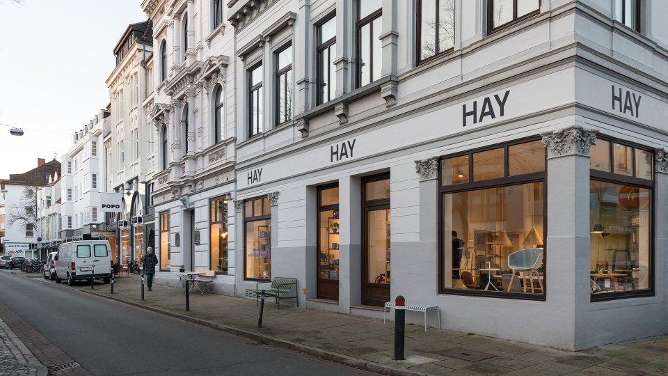 Das HAY-Geschäft von vorne.