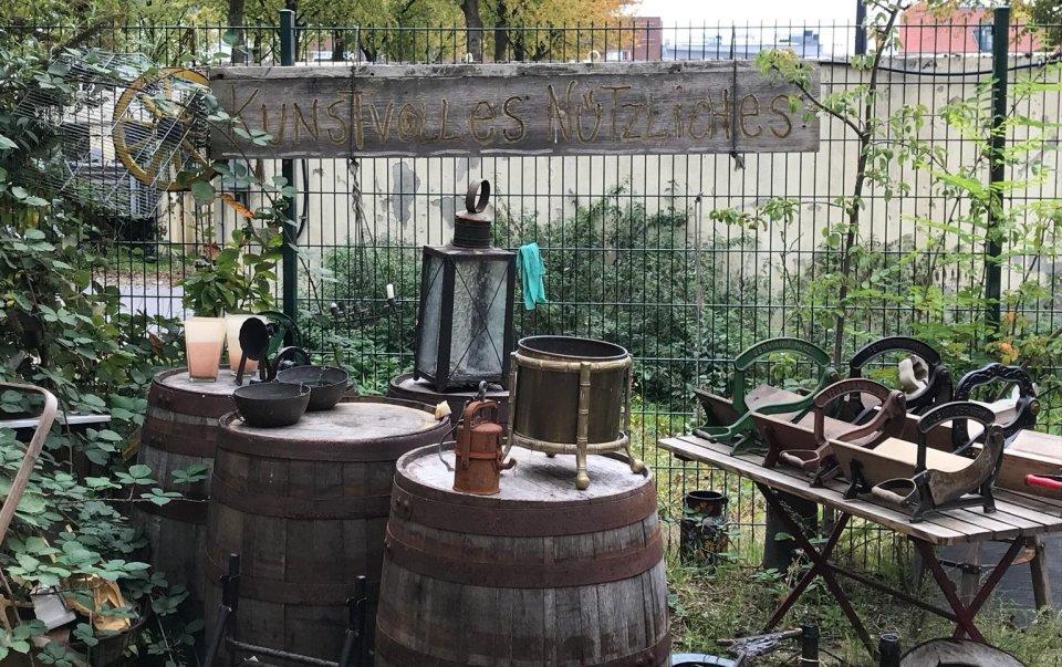 Antiquitäten in der alten Segelmacherei
